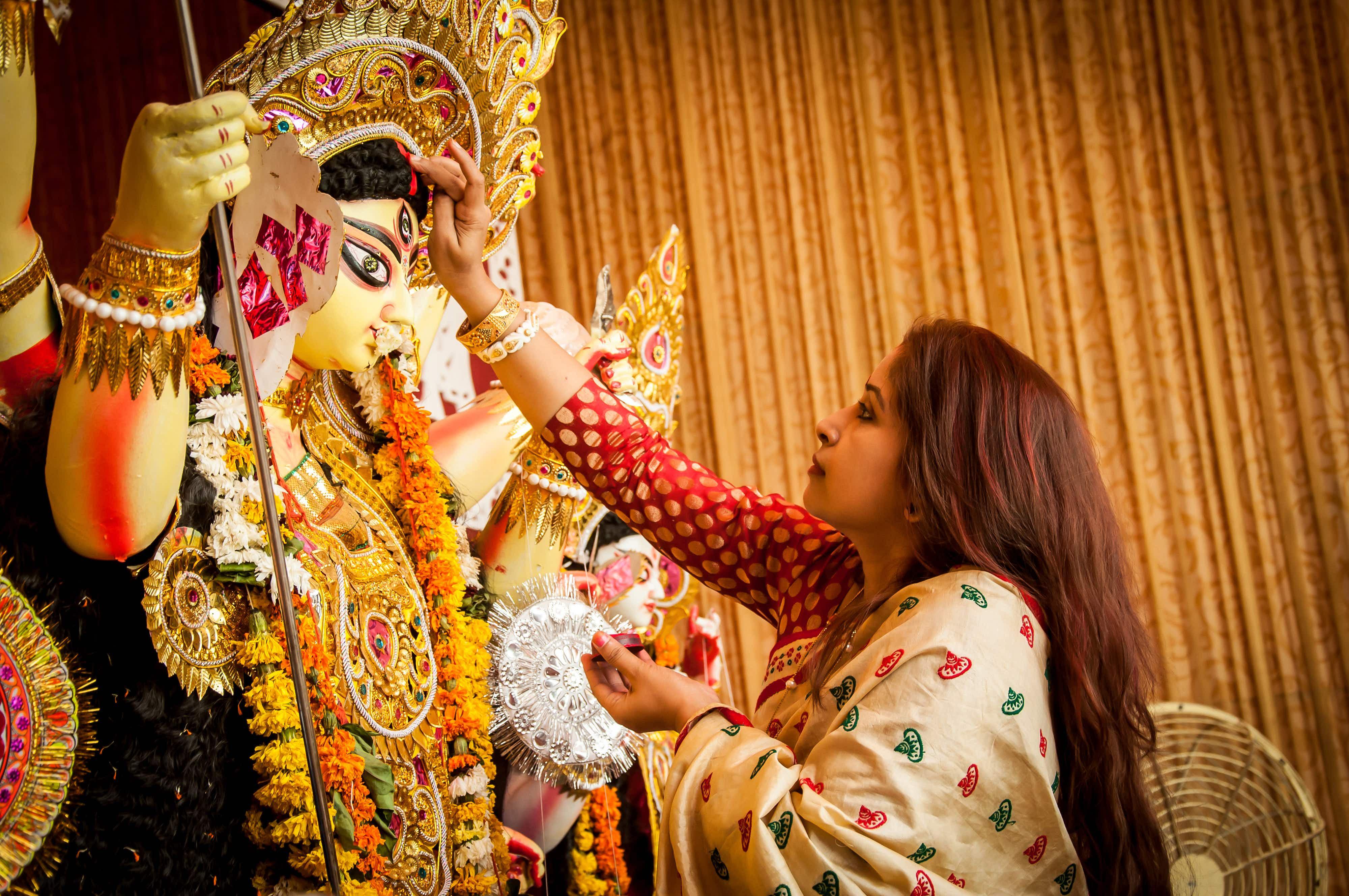 Bengali Woman Hindu Devotee Offering Godess Durga