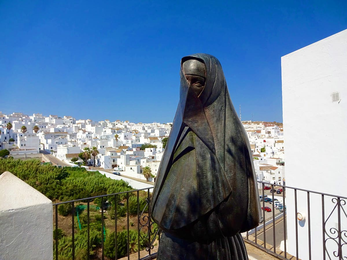 Castles, cliff-tops and caves: exploring the white towns of Cádiz