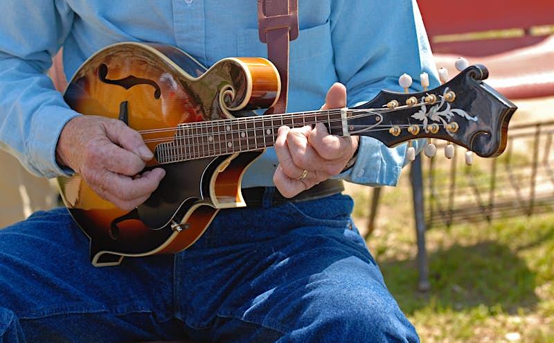 Features - Mandolin Bluegrass