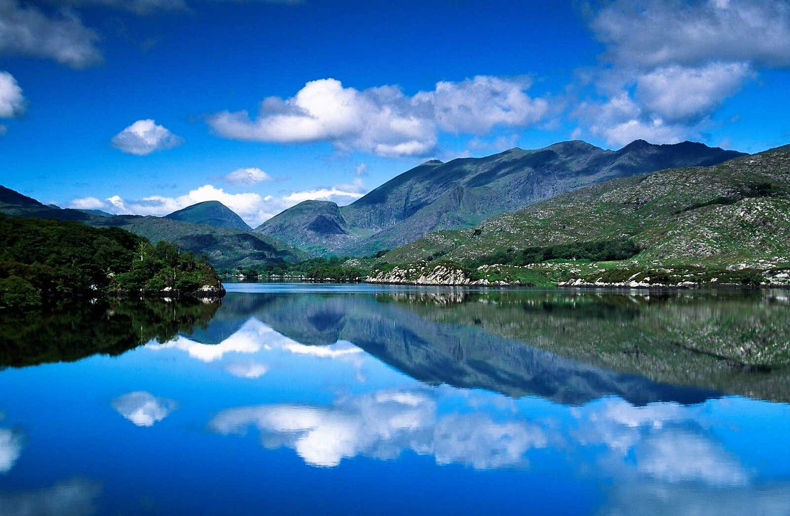 MacGillycuddy's Reeks mountains reflected in a lake