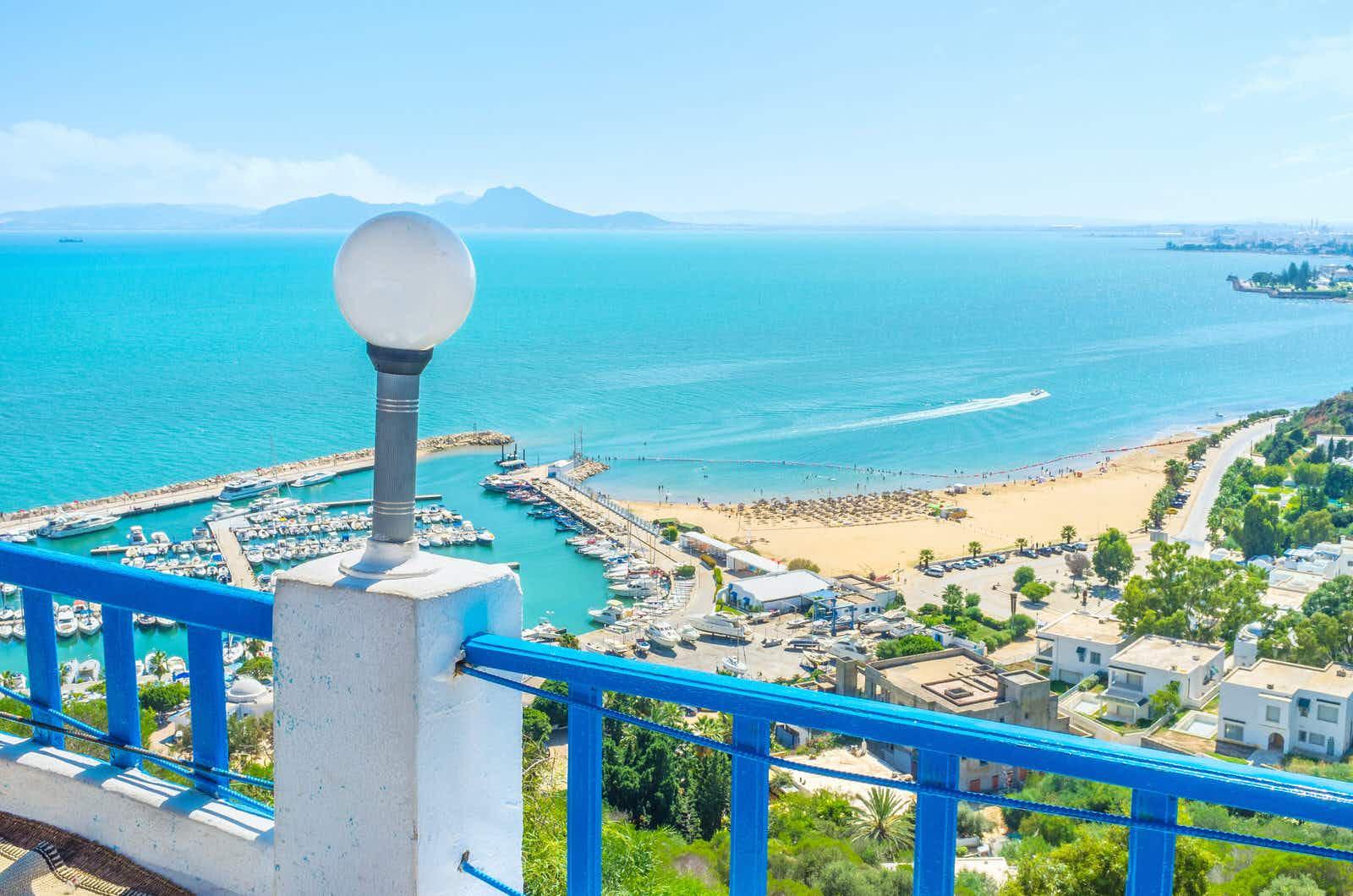 sidi-bou-said-beach-tunis-tunisia-e6f1d4c7aab9.jpg?q=25