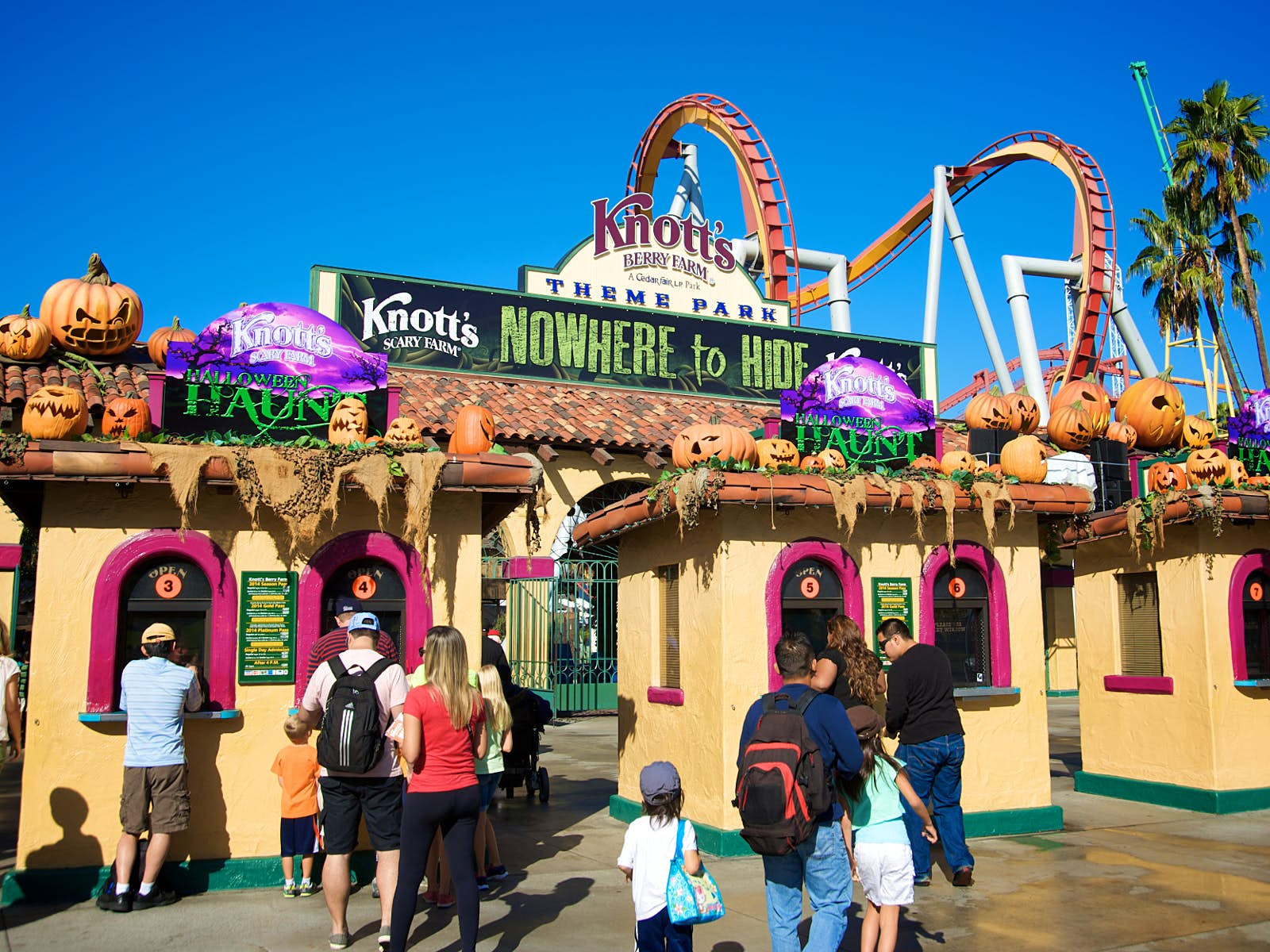 Disney alternatives - Knotts Berry Farm decked out for Halloween with pumpkins engulfing the entrance gates