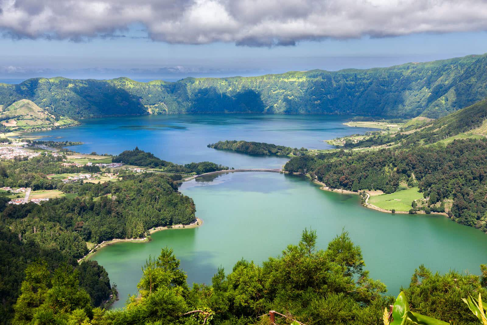 The twin blue and green lakes of Sete Cidades from the Vista do Rei viewpoint © peresanz / Shutterstock