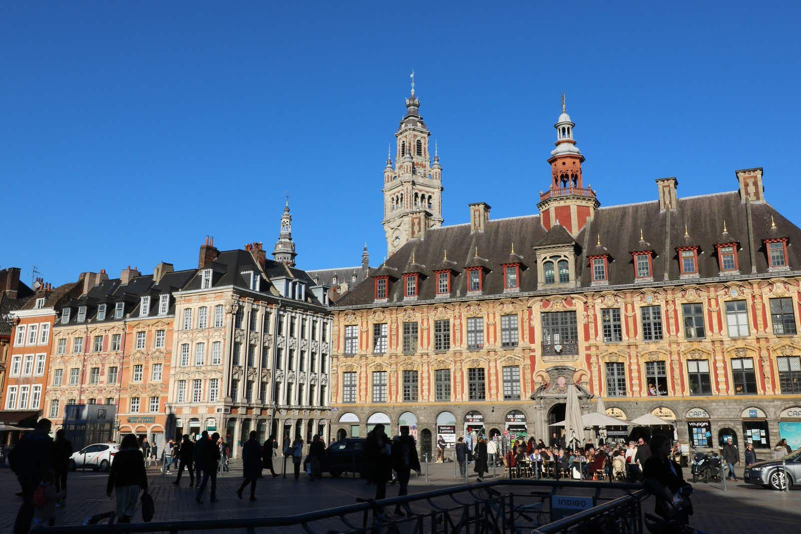 The rooftops in Lille © Meiqianbao / Shutterstock