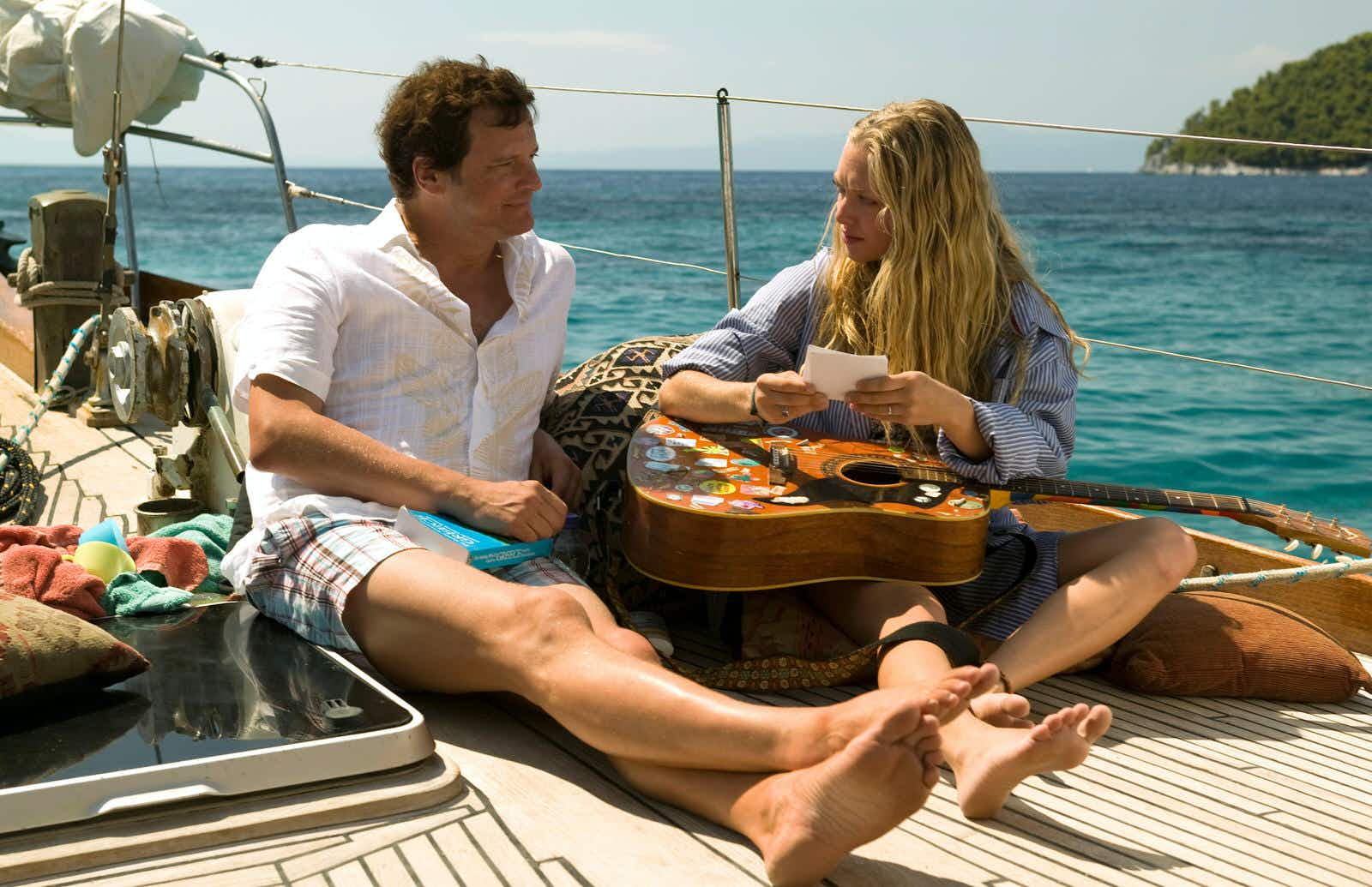 Colin Firth and Amanda Seyfried filming Mamma Mia! in gorgeous Skopelos © PictureLux / The Hollywood Archive / Alamy Stock Photo / Universal Pictures