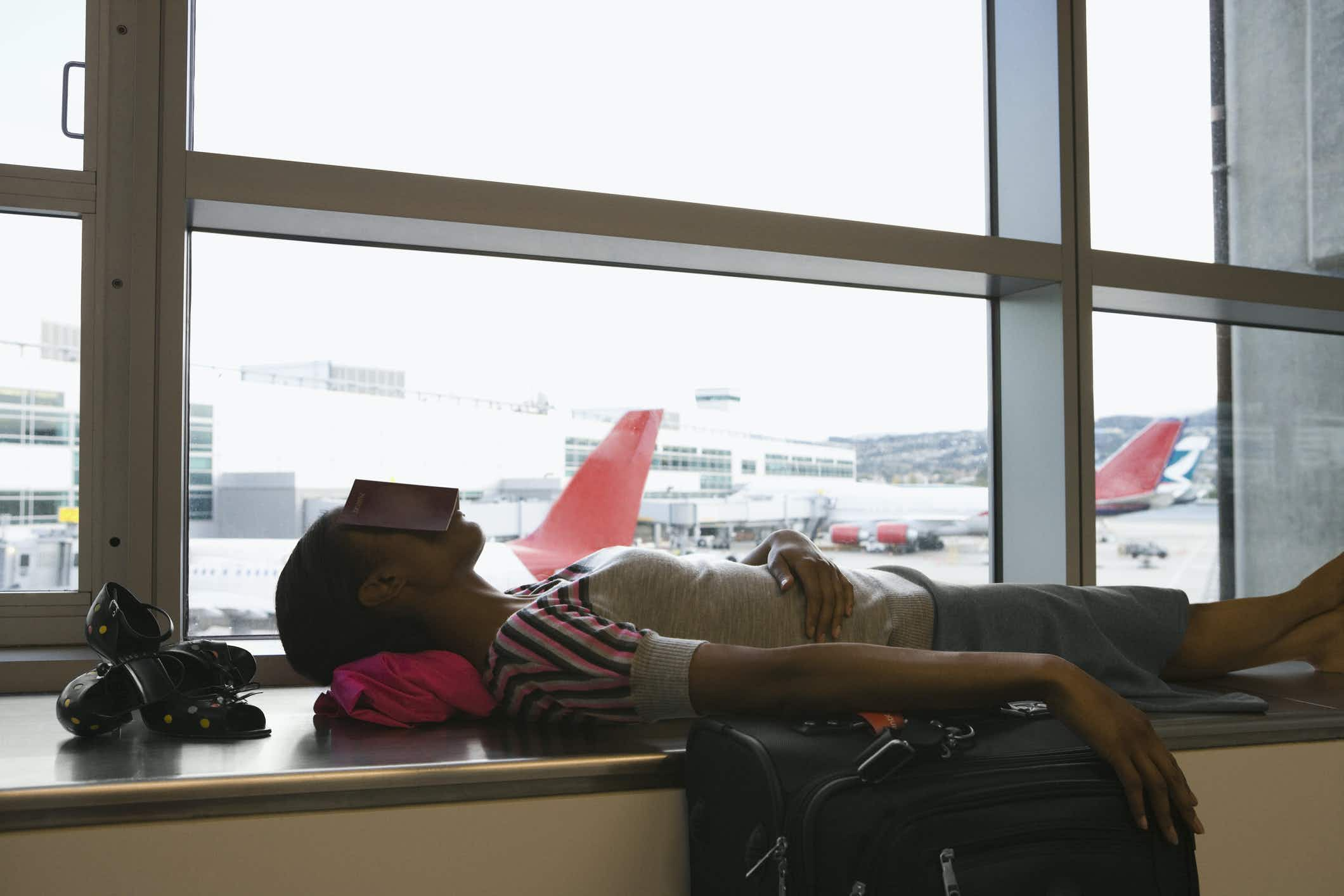 Try to avoid red-eye flights. Image: Getty