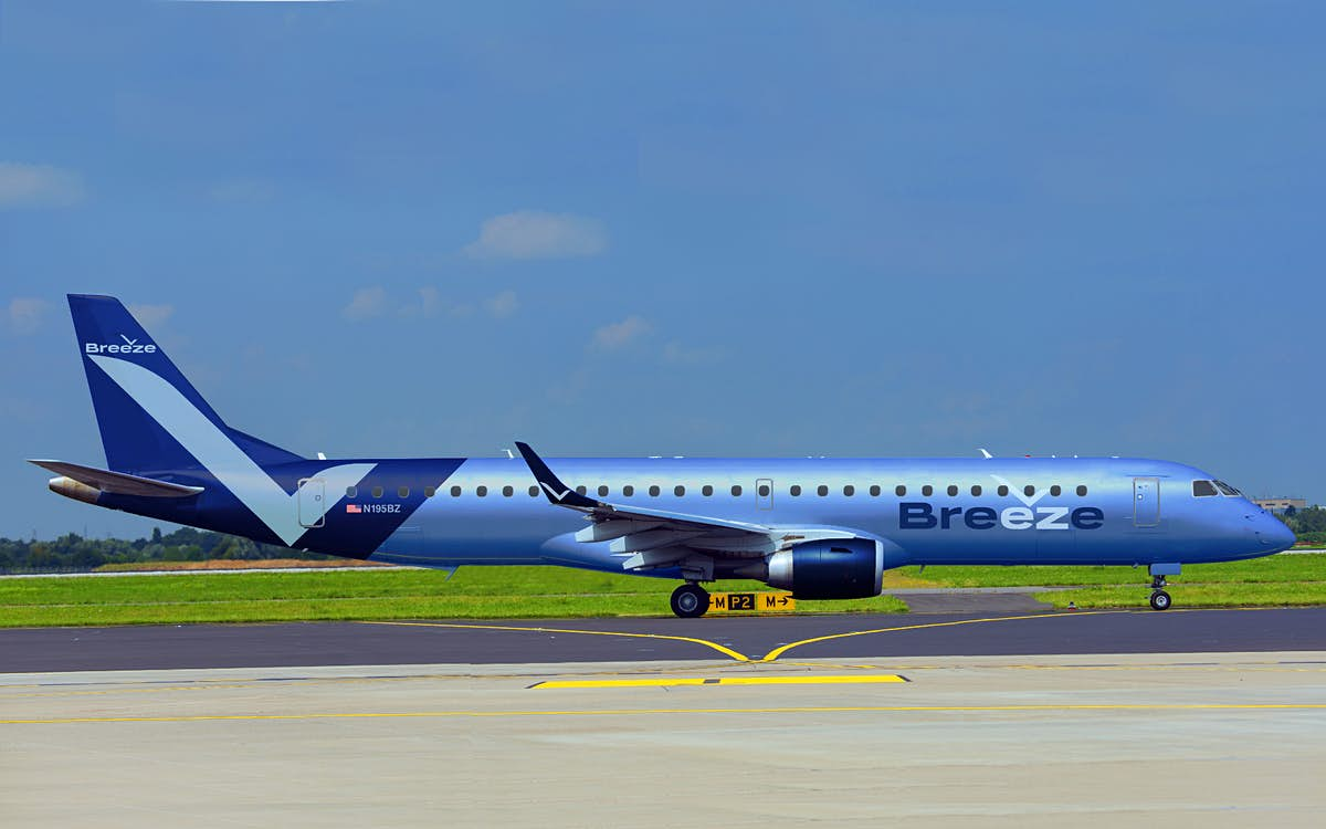 """JetBlue founder is launching the """"nicest airline in the world"""""""