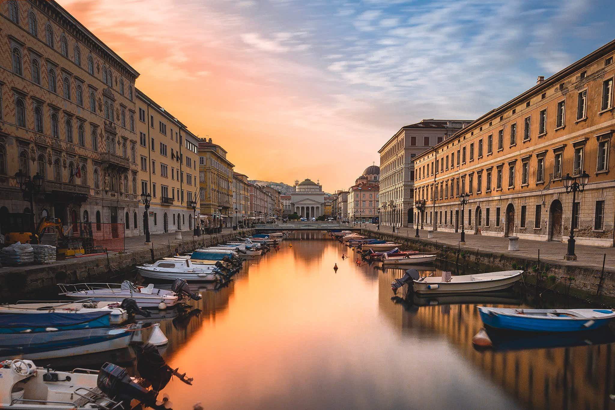Trieste's Canal Grande at sunrise © Filippo Ferraro / Shutterstock