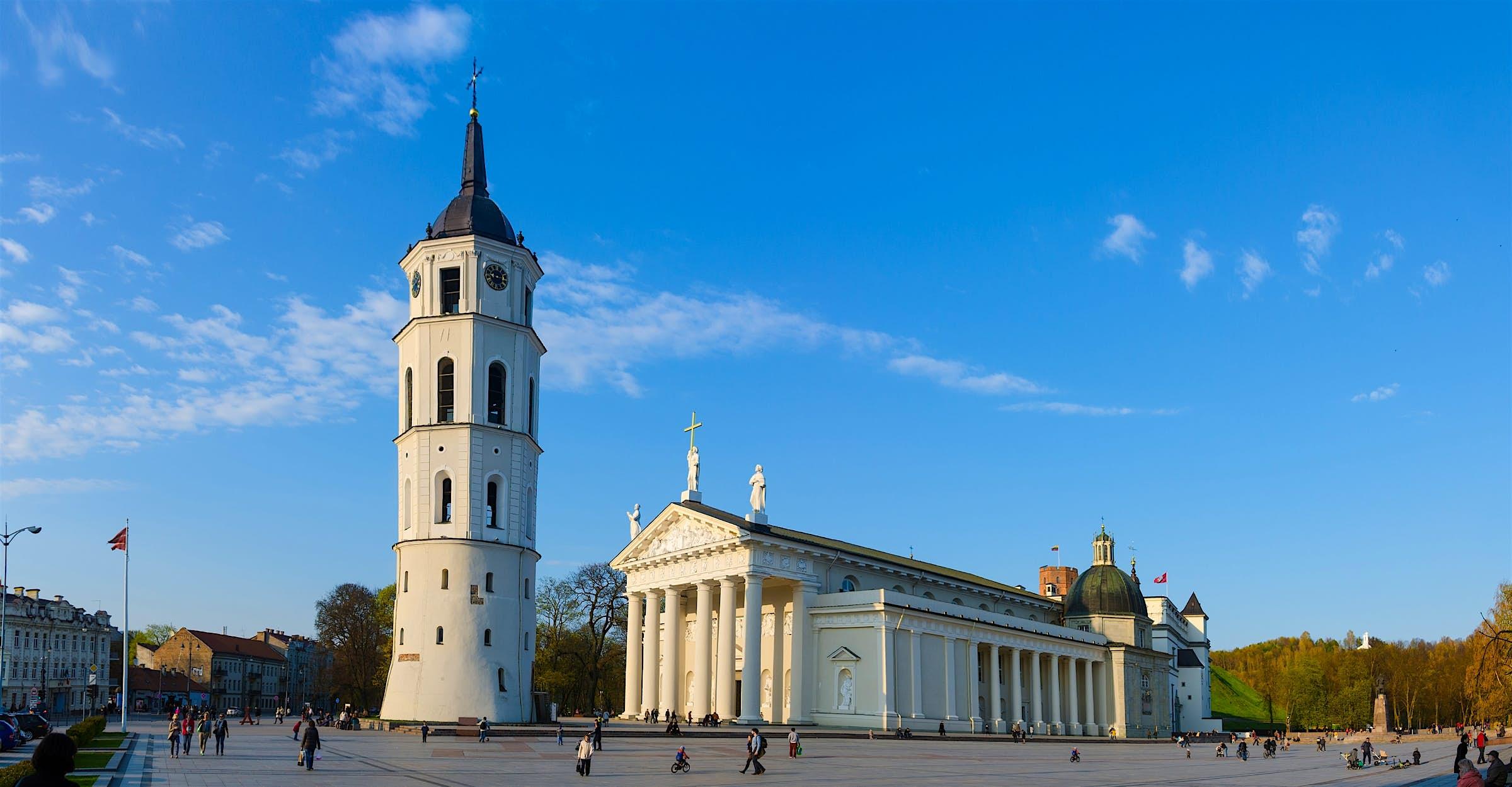 Plaza de la Catedral de Vilnius, Lituania.