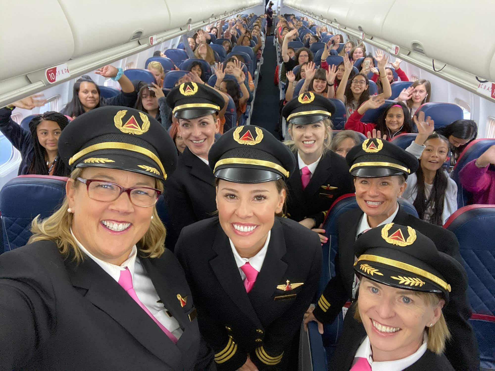 Delta recent flew 120 girls aged 12-18 from Salt Lake City to NASA © Delta