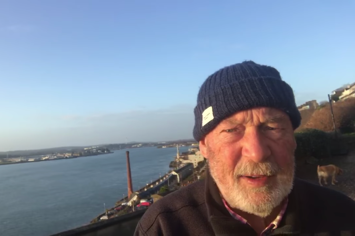 Eddie English broadcasts a weather report from Cork daily © SailCork