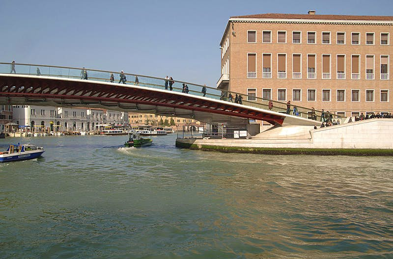 Architect must pay Venice for designing a bridge that isn't tourist-friendly