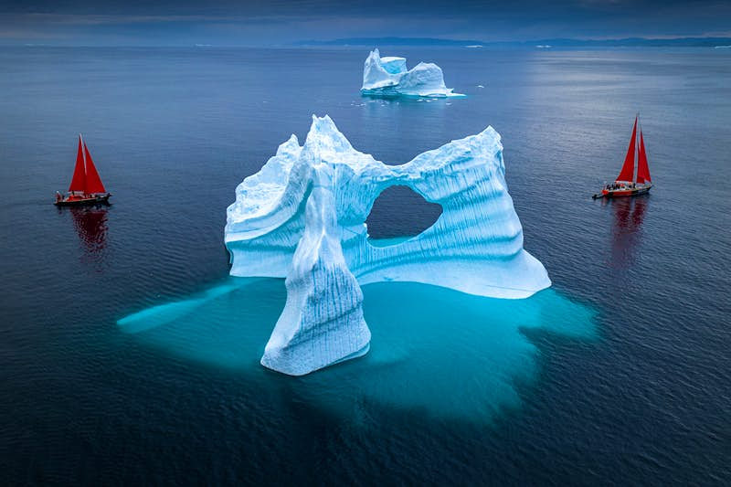 These images highlight the terrible beauty of Greenland's disappearing ice