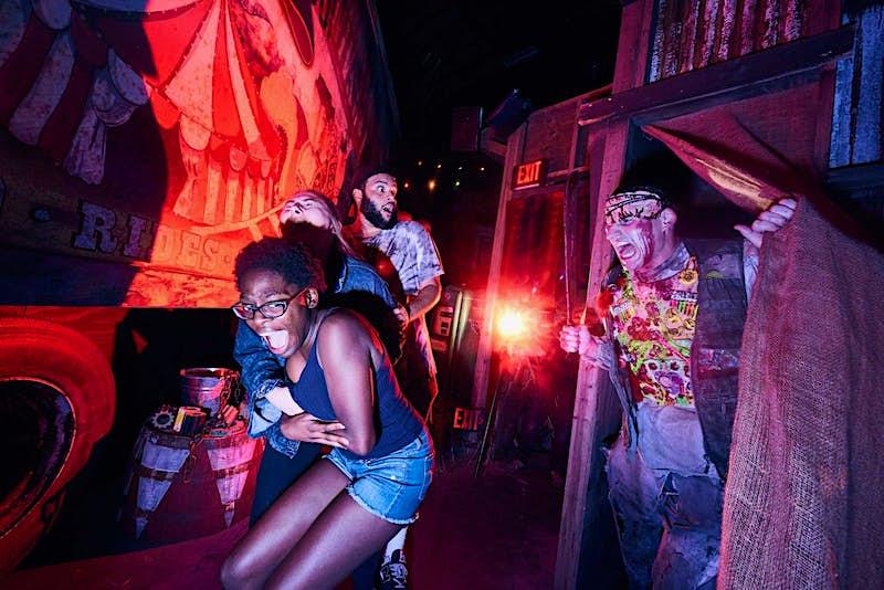 Halloween Horror Nights 2.jpg