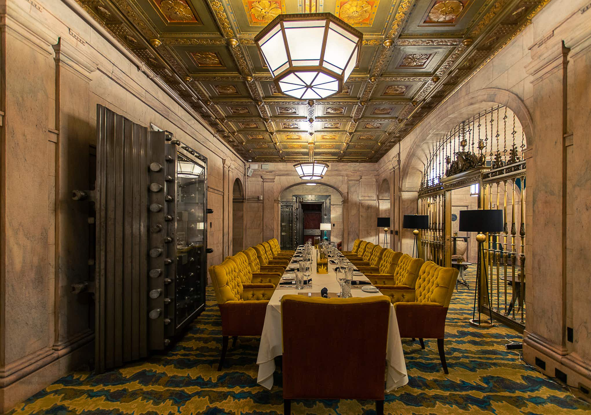 One of the largest bank halls in the world is now home to Marble Room Steakhouse & Raw Bar © Nathan Rogers / Marble Room Steakhouse & Raw Bar