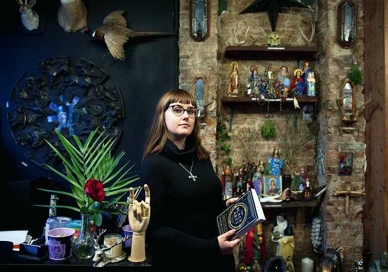 Dabble in the dark arts with this New York hotel's Witch-in-Residence