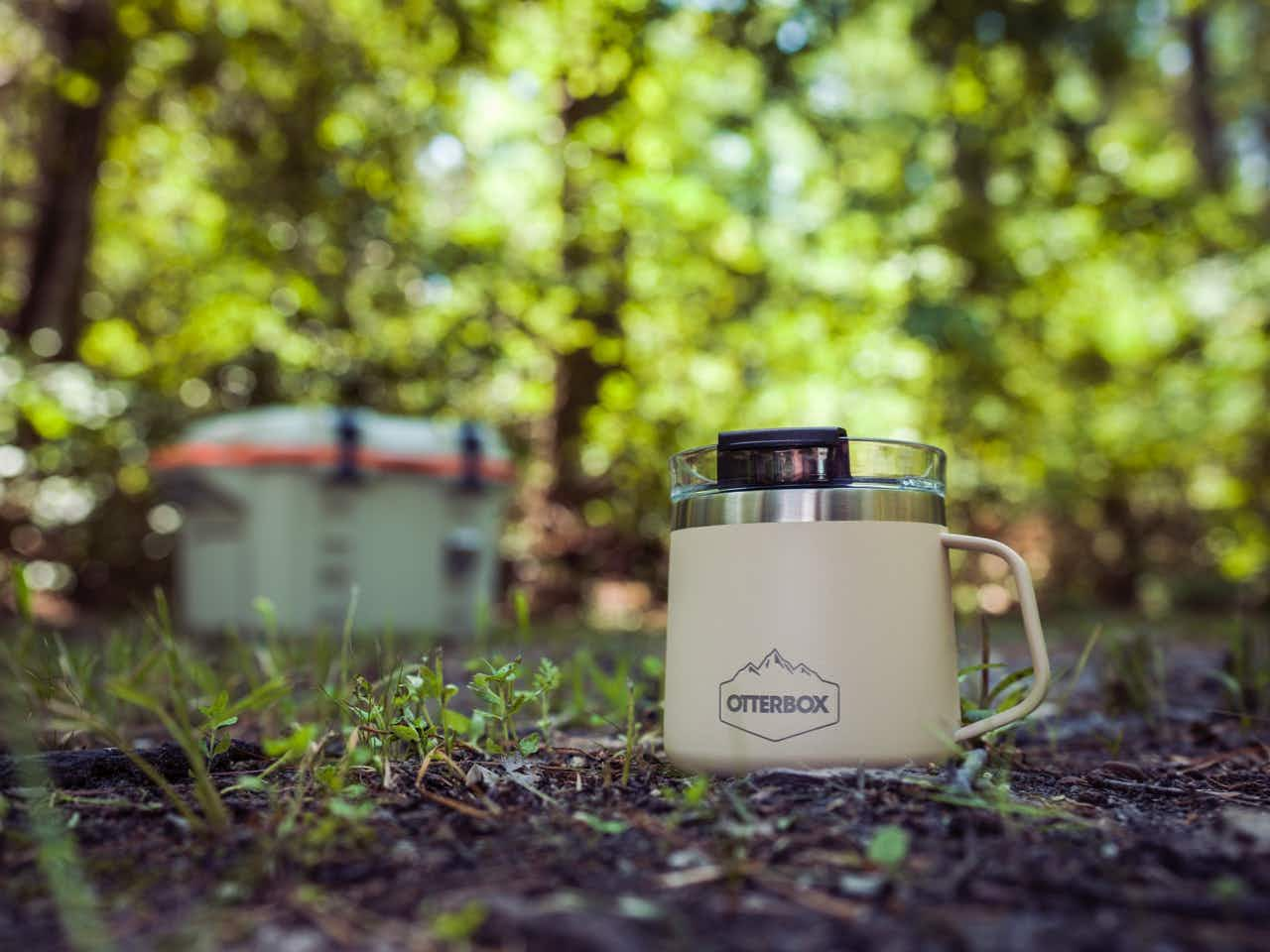 The Elevation 14 mug is durable and drop-proof. © Image courtesy of OtterBox