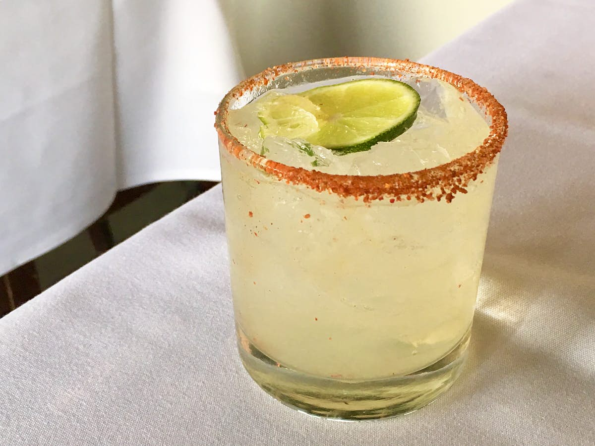 How to make a Mexican Paloma