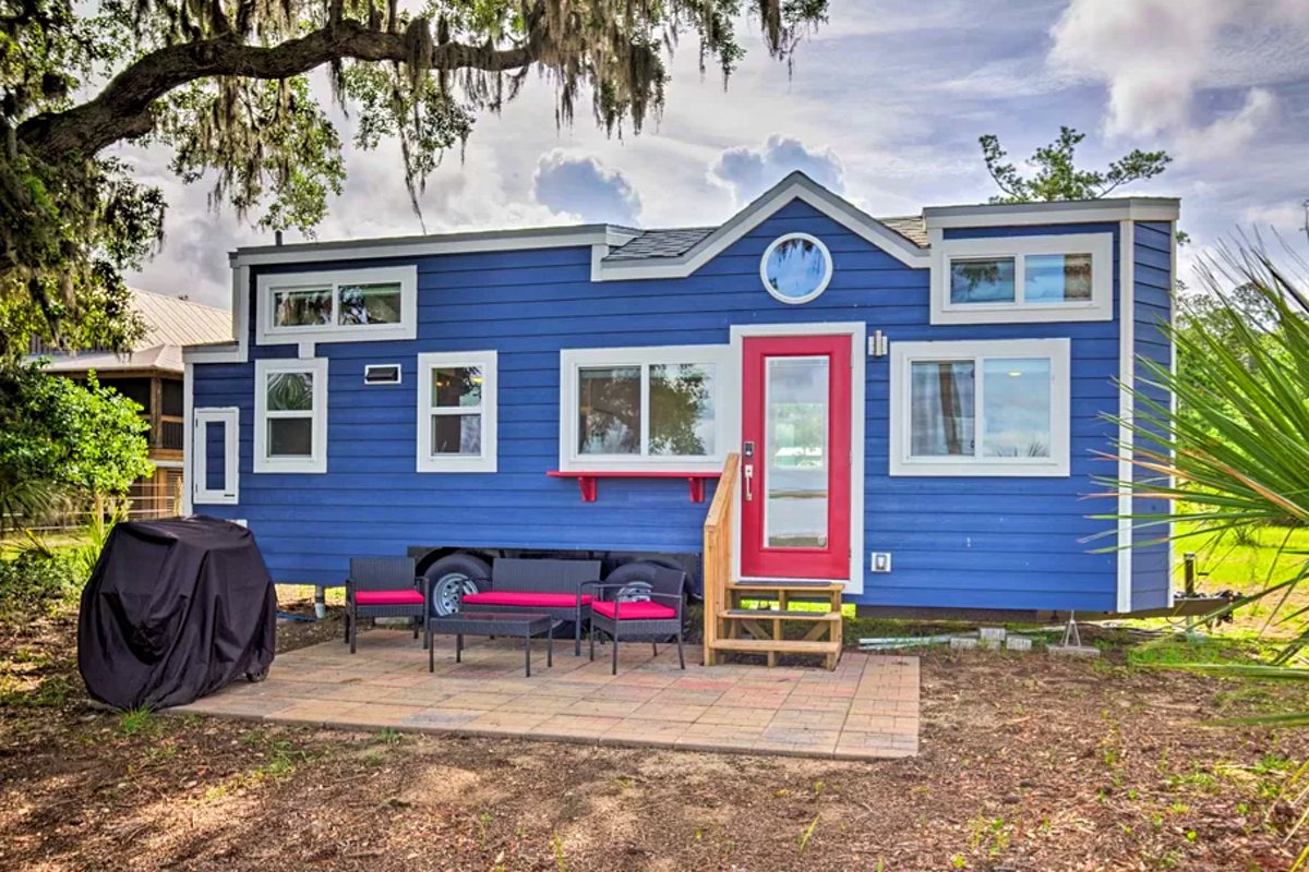 Rent these amazing homes in Pantone's colour of the year - Lonely Planet