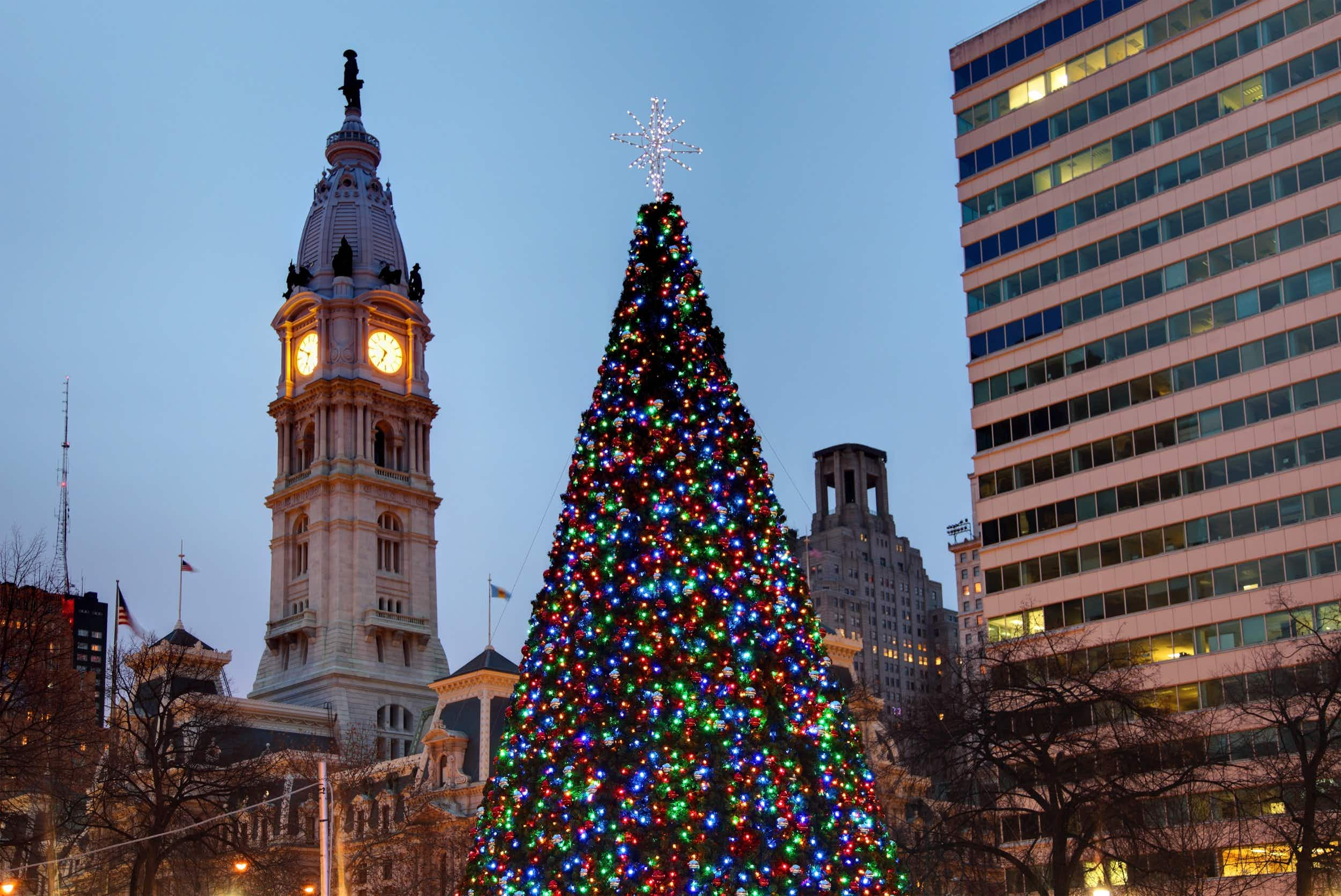 With many merry events, Philadelphia is the perfect place for a holiday visit © DenisTangneyJr / Getty Images