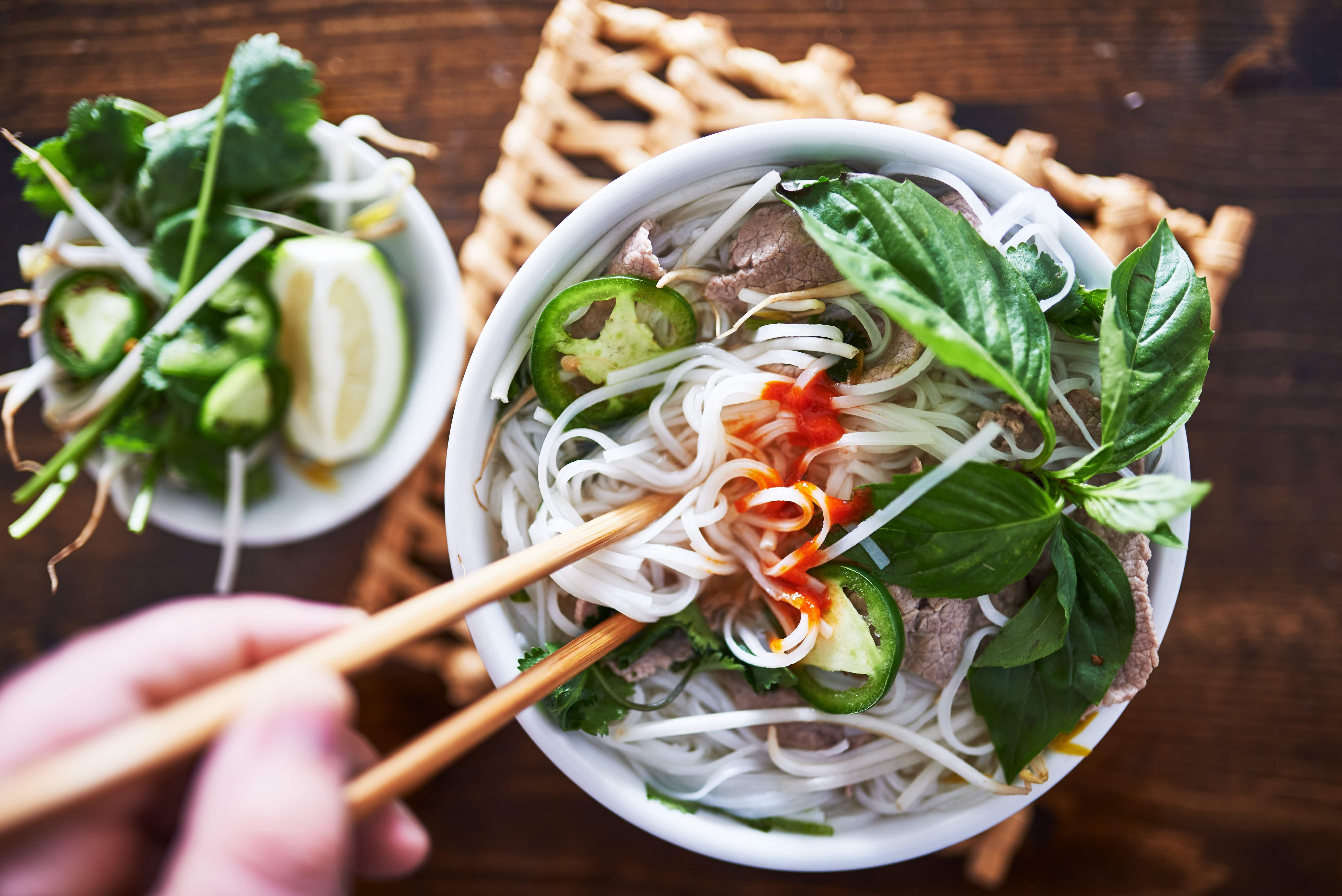 How to make Vietnamese pho