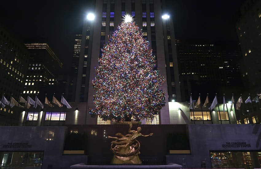 2021 Christmas In Rockefeller Center Everything You Need To Know About The Rockefeller Center Christmas Tree Lonely Planet