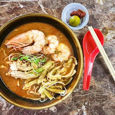 The Travel Kitchen series #2: Sarawak laksa