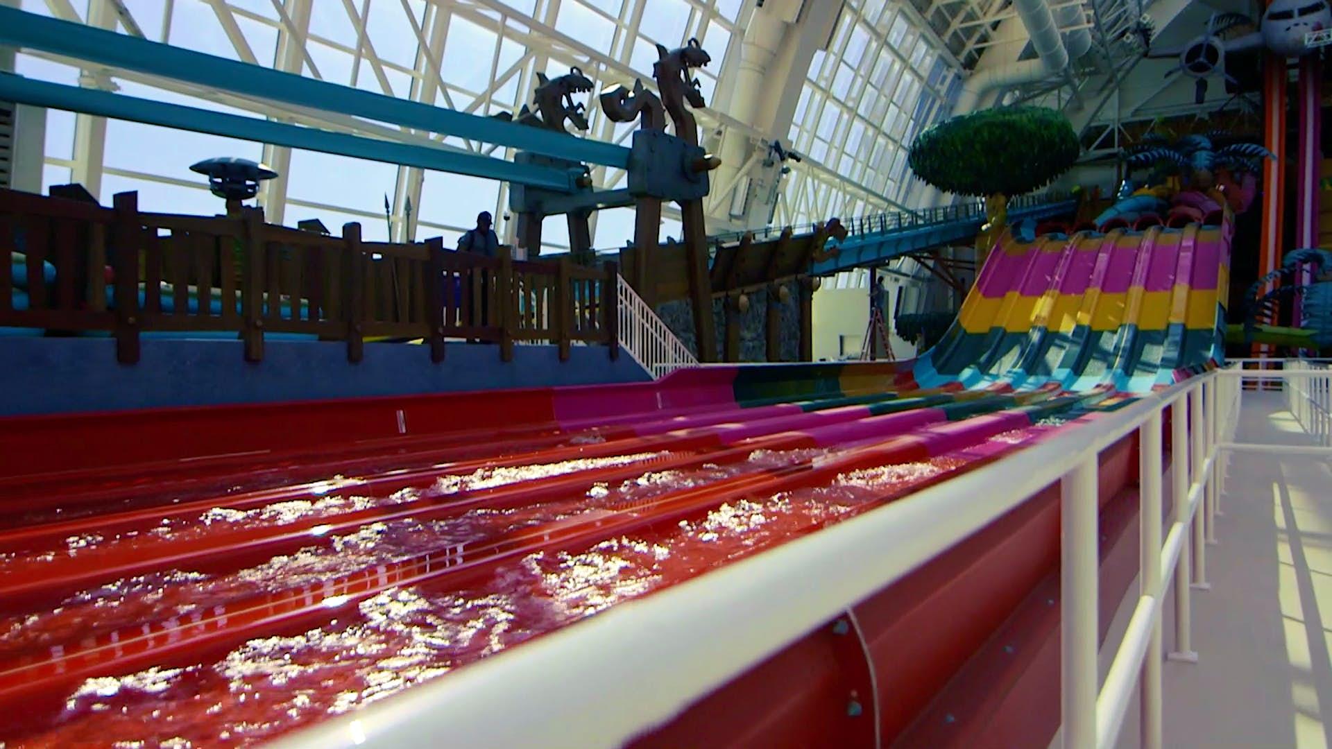 Água multicolorida slides.jpg