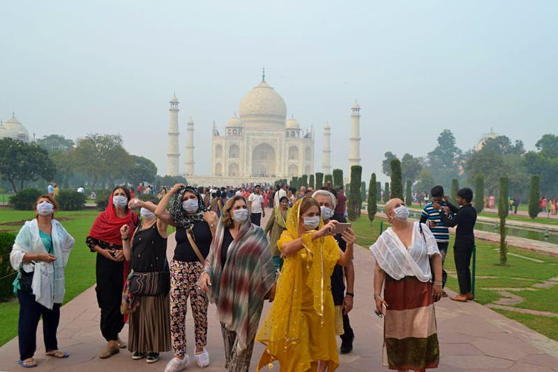 Air purifier vans at the Taj Mahal aim to fight pollution - Lonely Planet