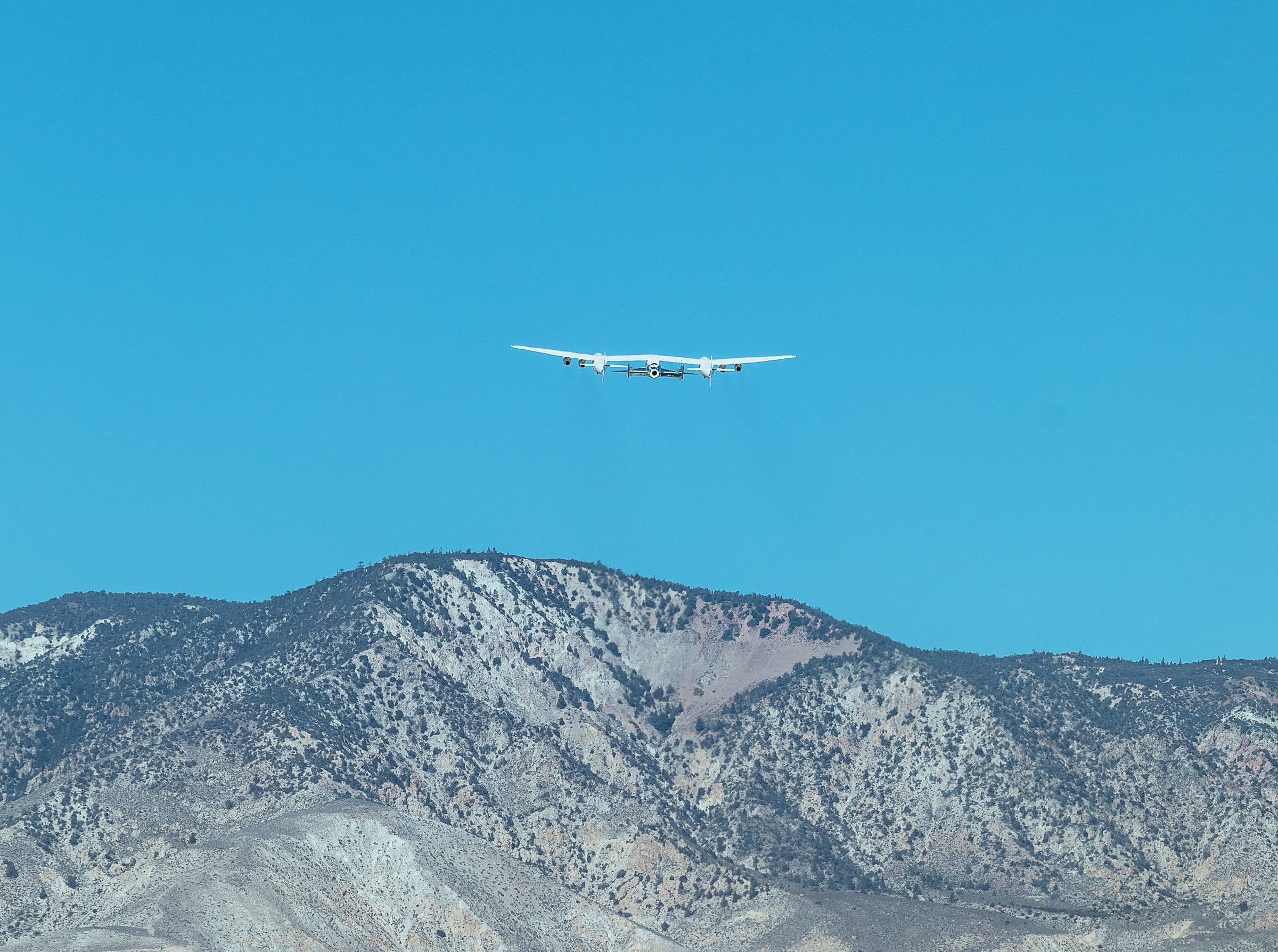 SpaceShipTwo Unity and VMS Eve take off from Mojave, CA and head towards Virgin Galactic's Gateway to Space, Spaceport America, New Mexico.