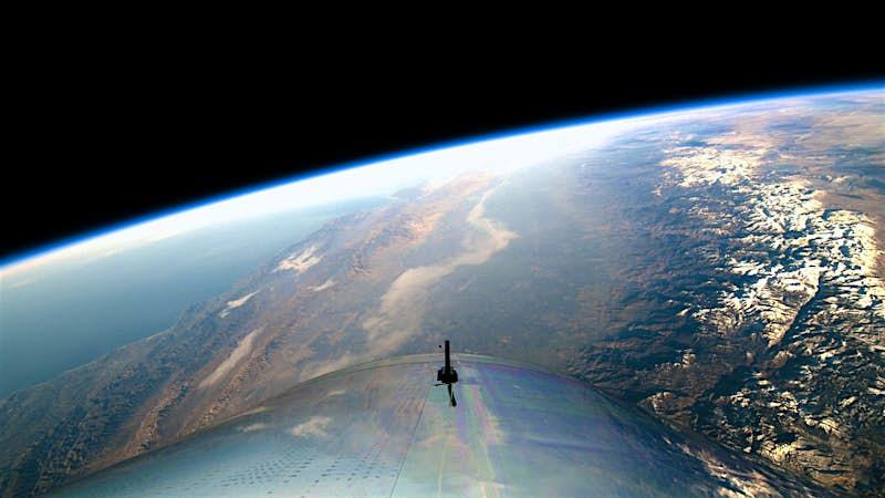 Boeing is investing US $20 million in Virgin Galactic's space-travel program