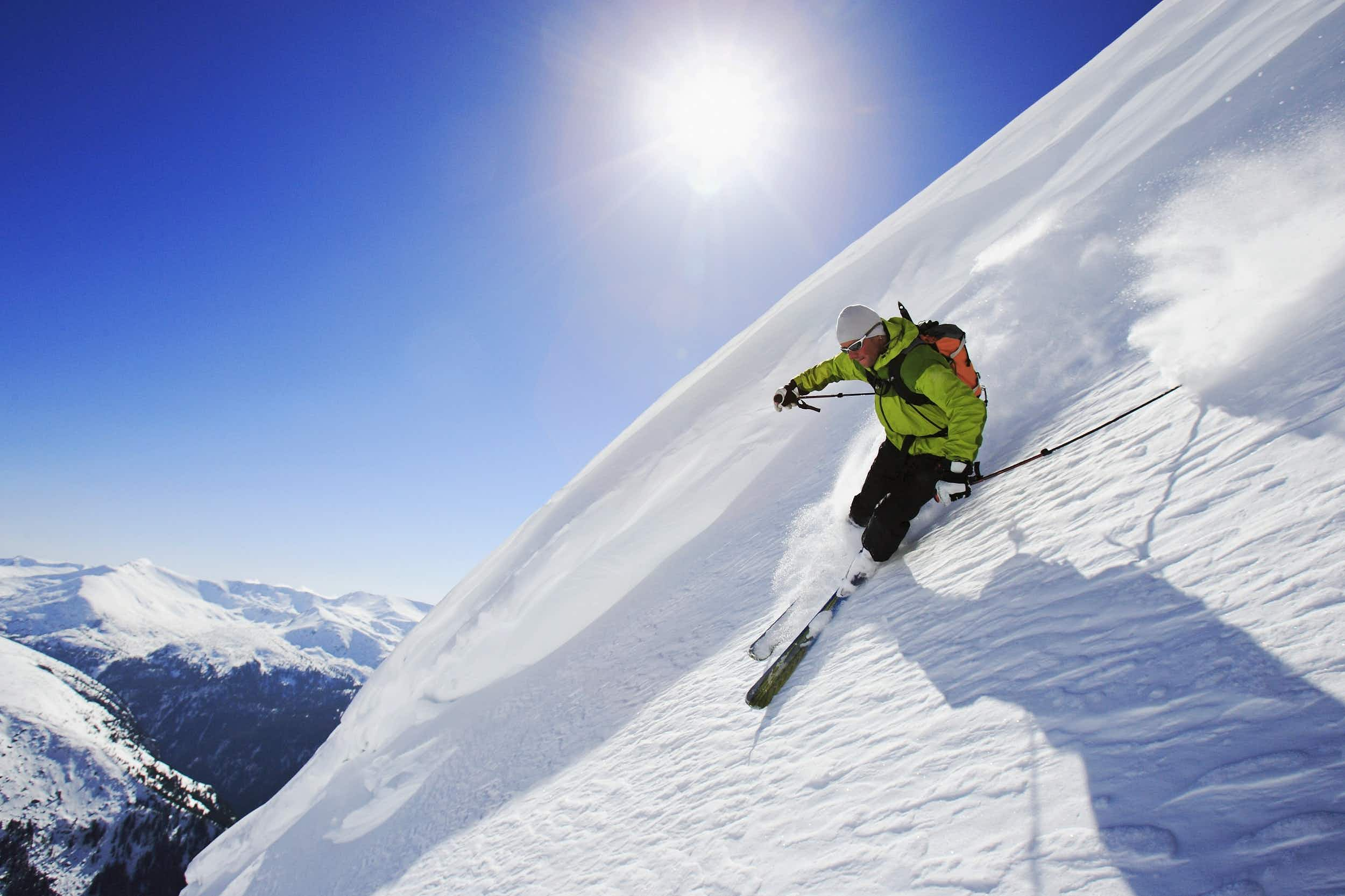 Steep slopes and the ability to make fresh tracks await in the Rila Mountains © Bernard van Dierendonck / LOOK-foto