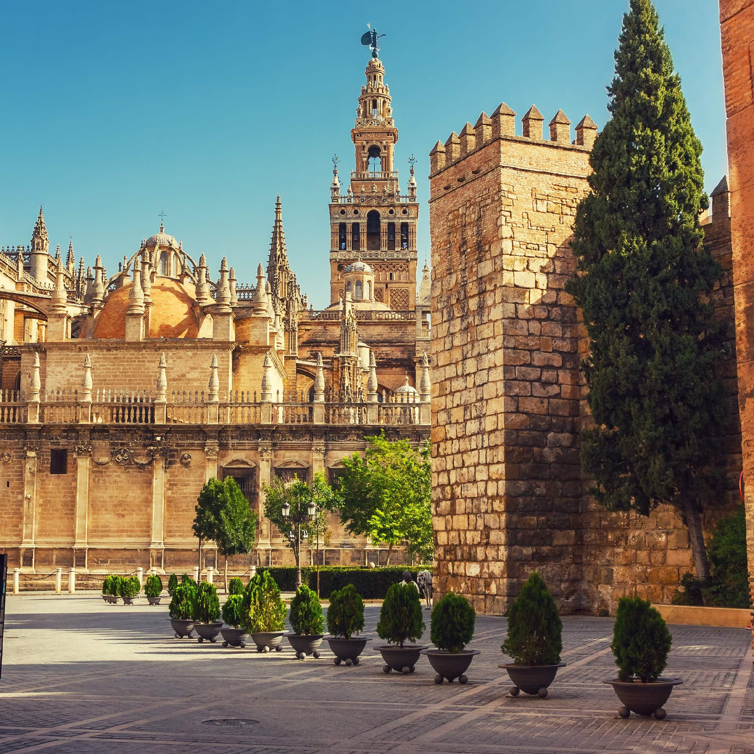 Does your outfit comply with Seville Cathedral's dress code?