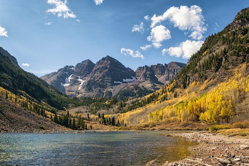 Alpine Lake in front of the Maroon Bells peaks in the Elk Mountains, Colorado