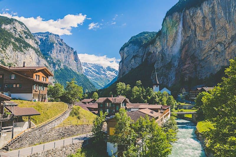 The best ski villages near Zurich