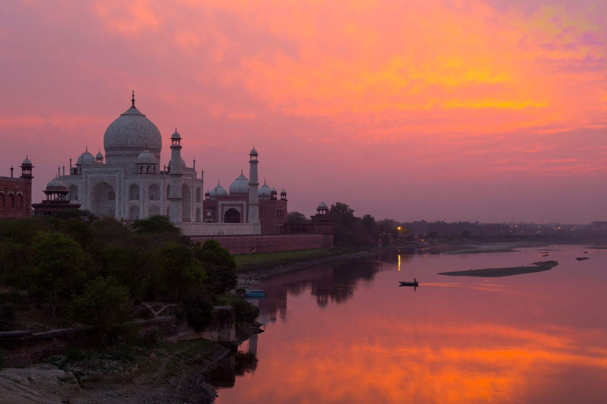 There are plans to open the Taj Mahal at night. Image: Adrian Pope/Getty Images