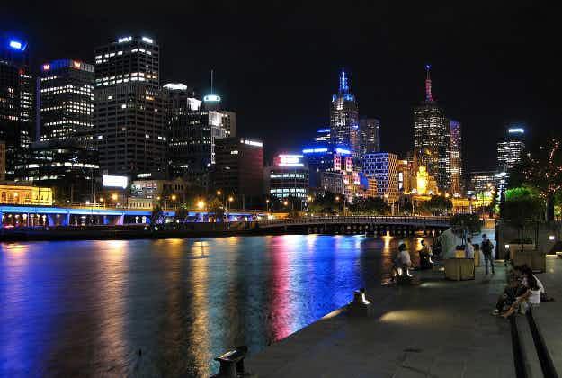 Melbourne outstrips Sydney as Australia's fastest-growing city