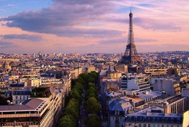 Paris flight and hotel bookings drop post terror attacks