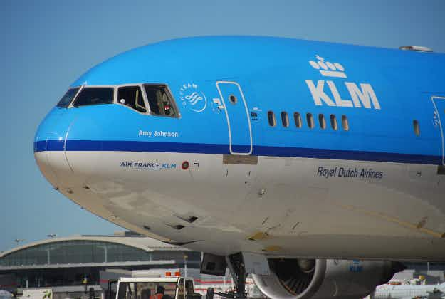 The drinks are on KLM as they help layover passengers to find a friend in Amsterdam