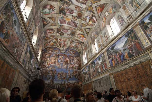 Replica of the Sistine Chapel draws huge interest in Mexico City