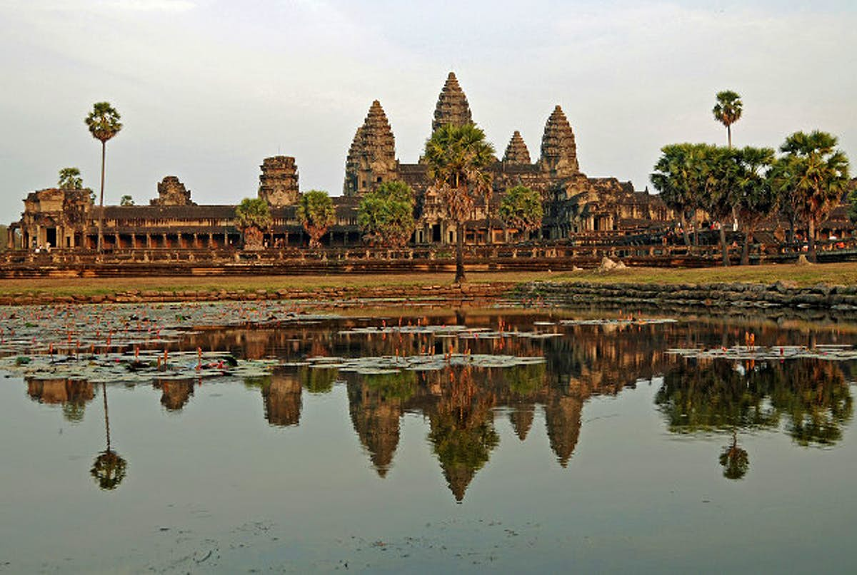 French Tourists Busted For Angkor Wat Nude Shoot - Lonely -2445
