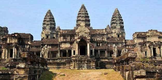 Angkor Wat temple around which multiple cities dating back to the 12th century have recently been discovered