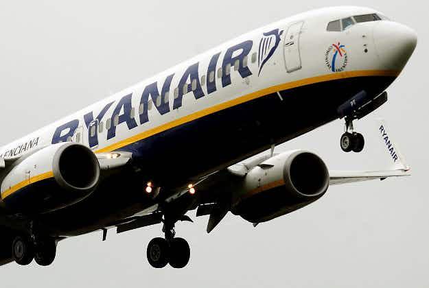 Ryanair carries 100 million passengers in 2015