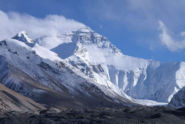 Now you can leave your mark on Mount Everest with dedicated graffiti tablets