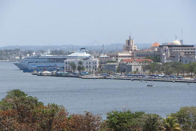 First US cruise docks in Havana after absence of almost 40 years
