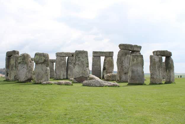 Stonehenge-like prehistoric sundial discovered in Sicily