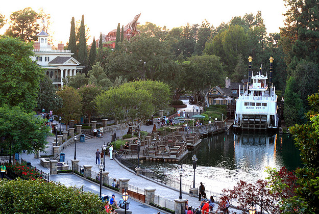 Star Wars Land to replace part of Frontierland in Disney