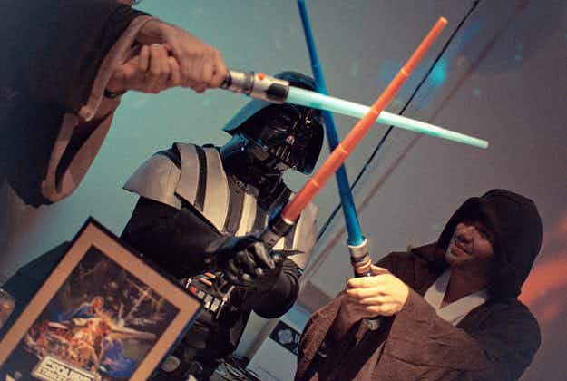 Star Wars fans aim to set new lightsaber fight record