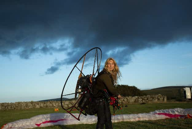 Former free-diving champion to fly with Bewick's swans