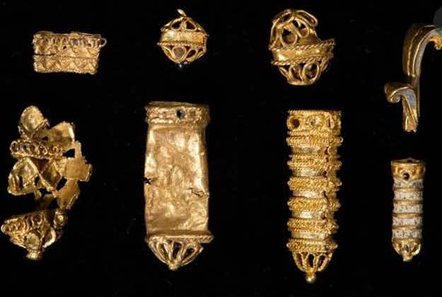 Tudor treasures found in River Thames mud